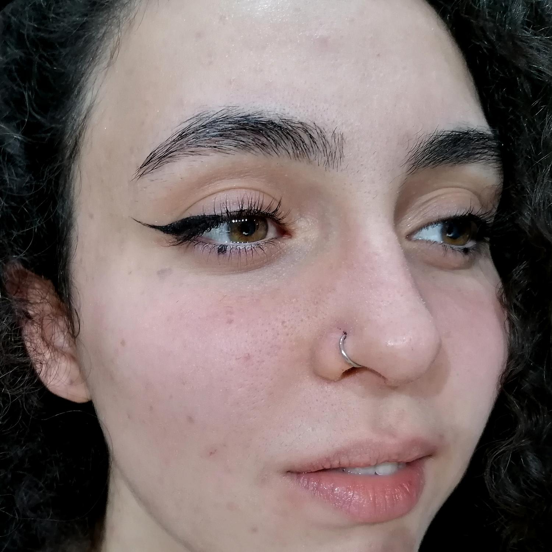 taşlı,burun,piercing,küpeler,besiktas