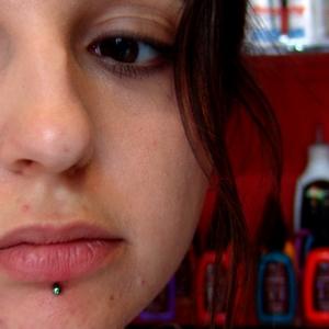 rainbow,labret,piercing