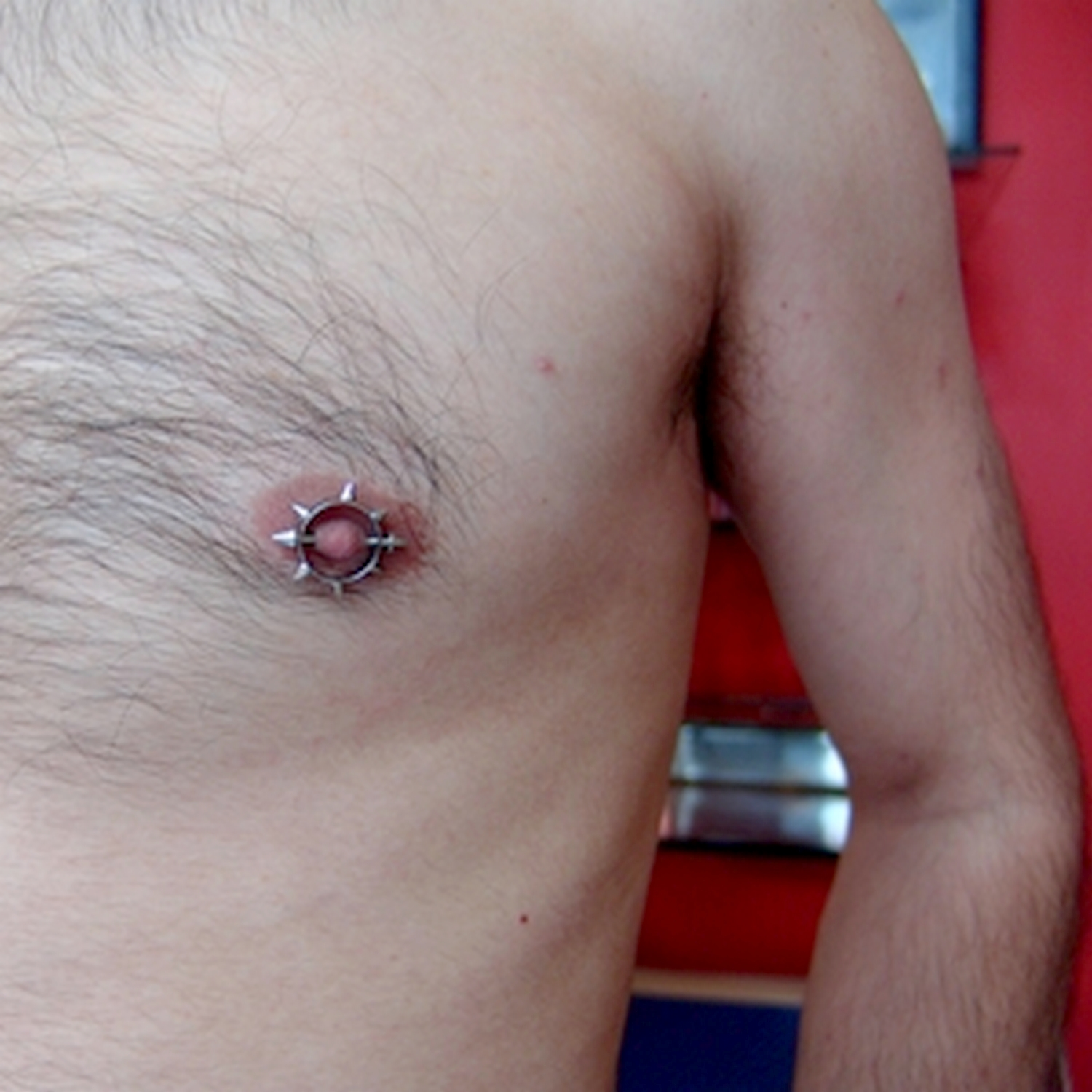 nipple,piercing,besiktas