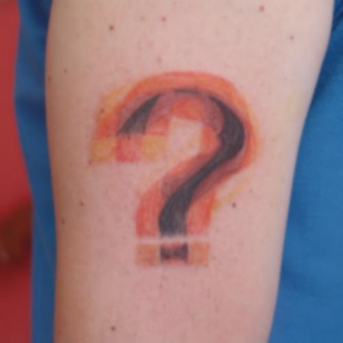 3,boyutlu,soru,işaret,dövmesi