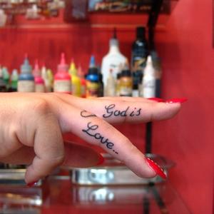 parmak,dövmeleri