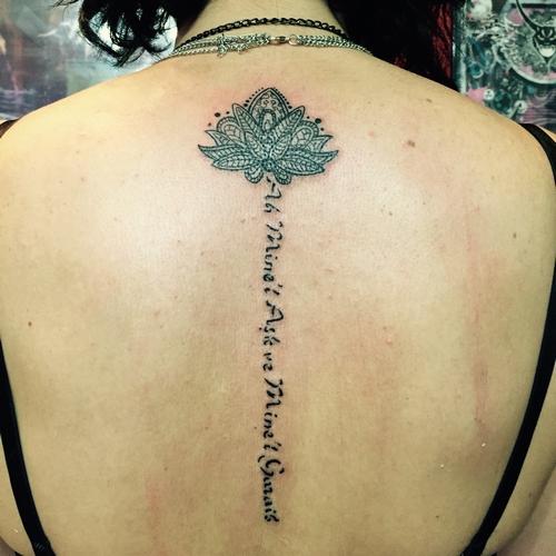 mandala,dövmeleri,sırt,dövmesi