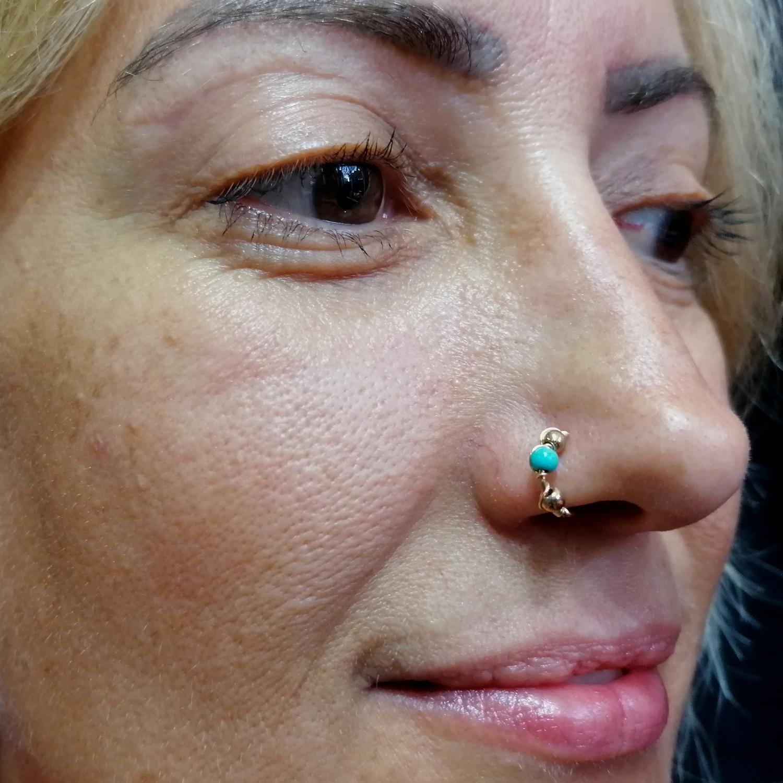 otantik,burun,piercing