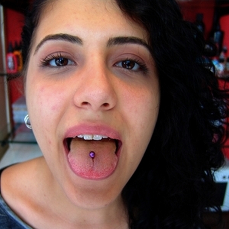 mor,titanyum,dil,piercing