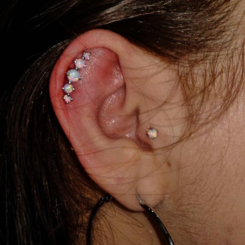 titanyumopal,kıkırdak,piercing