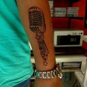 mikrafon,dovmesi,microphone,tattoo